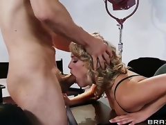 Giggly Mia Malkova understands that she hopes to get a immense fucking tool in her poon today. Her neighbour with mammoth and horny penis impales her fur pie so hardcore that call girl cums impossibly loud