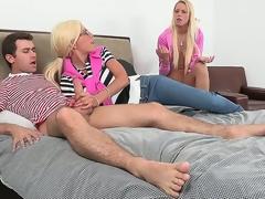 milf tenåring coed små pupper puppene hd porno forlokkende