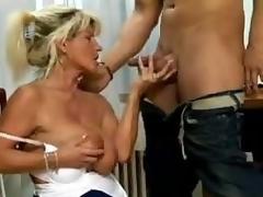 Saggy Mom 4