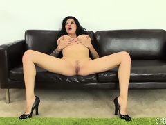 Tera Patrick bends over to show her mucky cunt and tight white ass