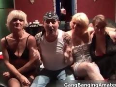 amatør sædsprut puling hardcore gruppe blowjob facial hjemmelaget gangbang